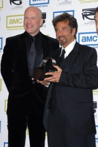 Actors AL PACINO (right) & BRUCE WILLIS at the 20th Annual American Cinematheque Award Gala where Pacino was honored. October 21, 2005 Beverly Hills, CA. © 2005 Paul Smith / Featureflash*** USA ONLY ***